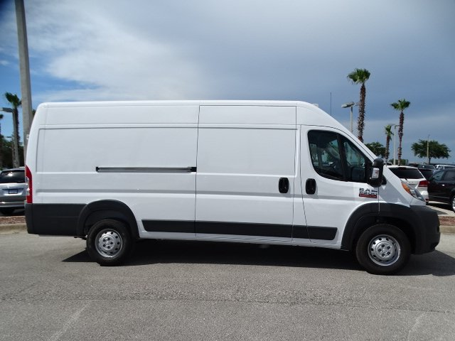 2018 ProMaster 3500 High Roof FWD,  Empty Cargo Van #R18356 - photo 4