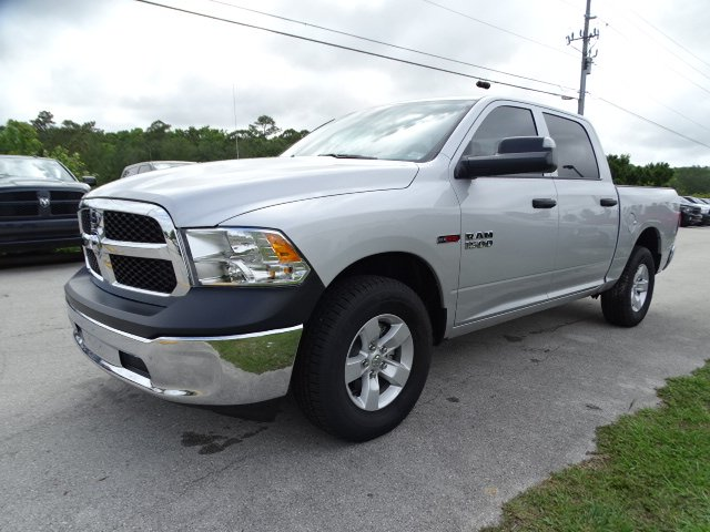 2018 Ram 1500 Crew Cab 4x2,  Pickup #R18385 - photo 1