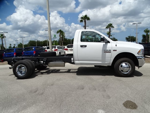 2018 Ram 3500 Regular Cab DRW 4x2,  Cab Chassis #R18515 - photo 3