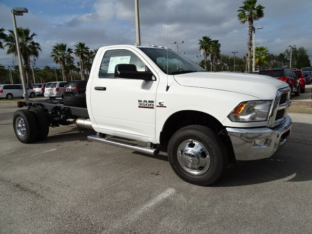 2018 Ram 3500 Regular Cab DRW 4x4,  Cab Chassis #R18717 - photo 3