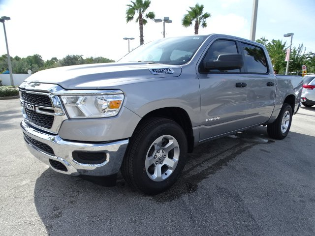 2019 Ram 1500 Crew Cab 4x2,  Pickup #R19096 - photo 1