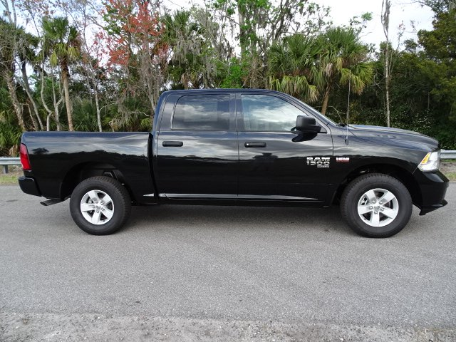2019 Ram 1500 Crew Cab 4x4,  Pickup #R19398 - photo 5