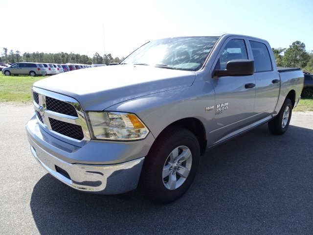 2019 Ram 1500 Crew Cab 4x2,  Pickup #R19452 - photo 1