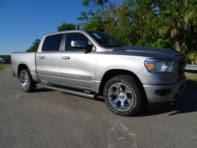 2019 Ram 1500 Crew Cab 4x2,  Pickup #R19458 - photo 3