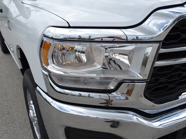 2019 Ram 3500 Crew Cab 4x4,  Pickup #R19574 - photo 8