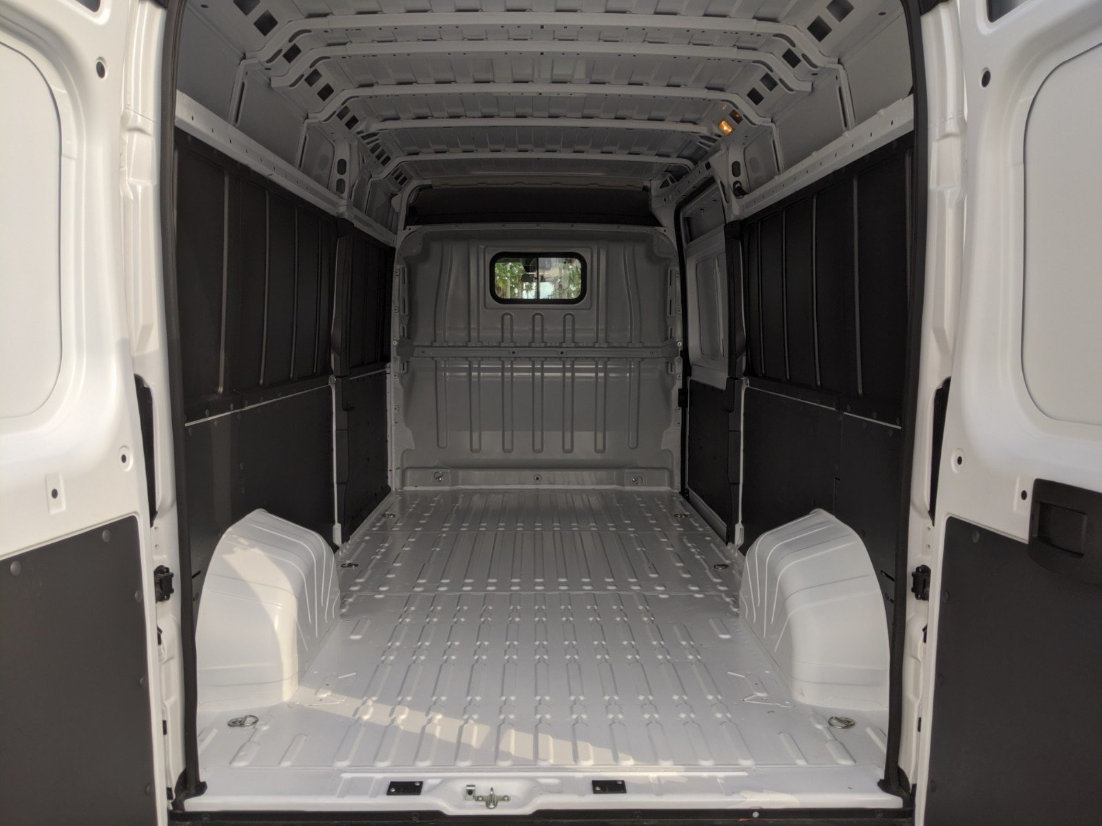 2020 ProMaster 2500 High Roof FWD, Empty Cargo Van #R20137 - photo 1