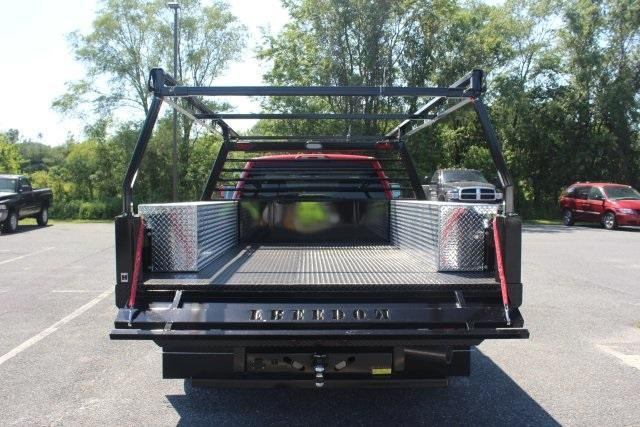 2017 Silverado 3500 Crew Cab 4x4, Freedom Contractor Body #17-1587 - photo 8
