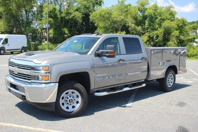 2017 Silverado 3500 Crew Cab 4x4, Reading Service Body #17-1595 - photo 4