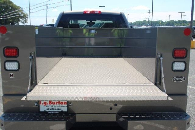 2017 Silverado 3500 Crew Cab 4x4, Reading Service Body #17-1595 - photo 8