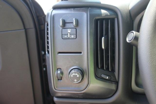 2017 Silverado 3500 Crew Cab 4x4, Reading Service Body #17-1595 - photo 20