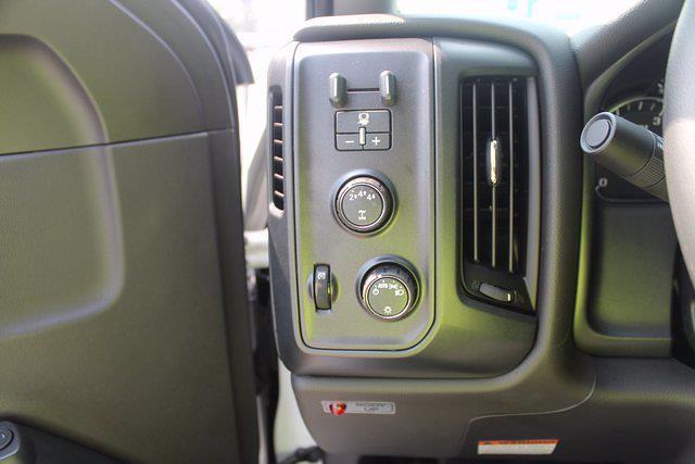 2020 Chevrolet Silverado 5500 Regular Cab DRW 4x4, Landscape Dump #20-2059 - photo 18