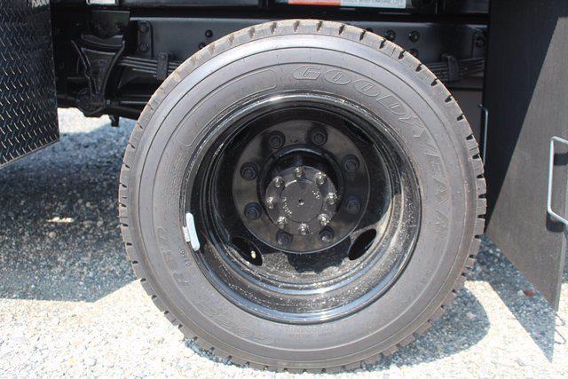 2020 Chevrolet Silverado 5500 Regular Cab DRW 4x4, Landscape Dump #20-2059 - photo 28