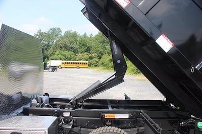 2020 Chevrolet Silverado 5500 Regular Cab DRW 4x4, Landscape Dump #20-2059 - photo 33