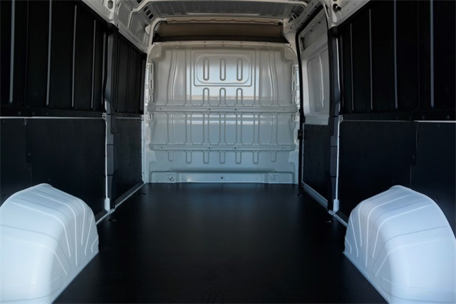 2018 ProMaster 2500 High Roof, Van Upfit #JE101131 - photo 2