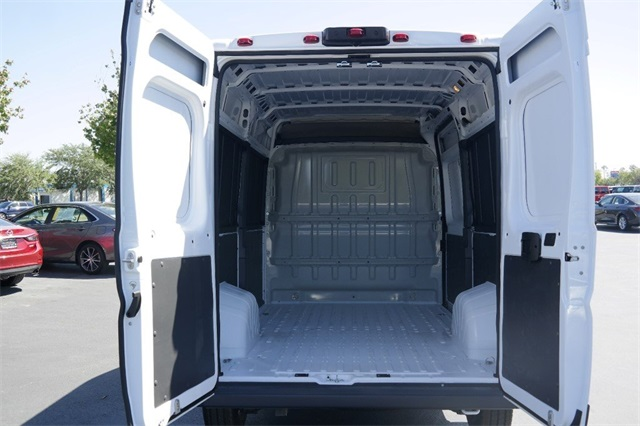 2018 ProMaster 1500 High Roof, Cargo Van #JE107684 - photo 2