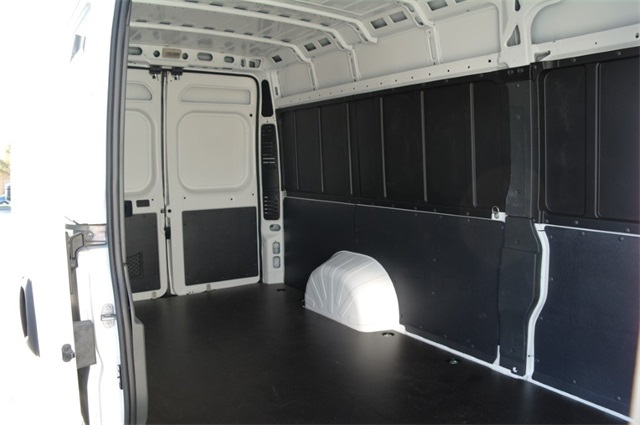 2018 ProMaster 3500 High Roof FWD,  Empty Cargo Van #JE123871 - photo 2