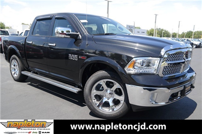 2018 Ram 1500 Crew Cab 4x2,  Pickup #JS263083 - photo 1