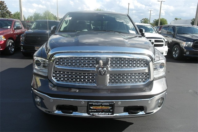 2018 Ram 1500 Crew Cab 4x2,  Pickup #JS263084 - photo 3