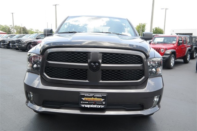 2018 Ram 1500 Crew Cab 4x2,  Pickup #JS297021 - photo 3