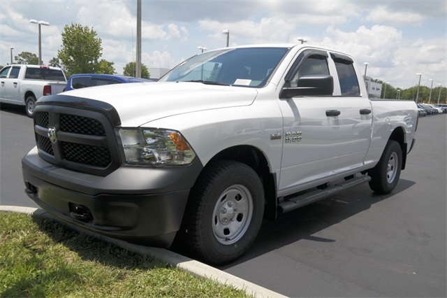 2018 Ram 1500 Quad Cab 4x4,  Pickup #JS307664 - photo 4