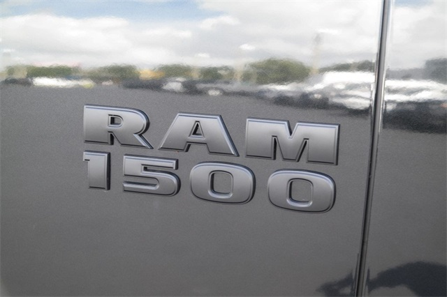 2018 Ram 1500 Quad Cab 4x2,  Pickup #JS336811 - photo 10
