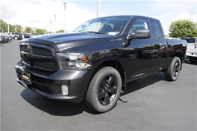 2018 Ram 1500 Quad Cab 4x2,  Pickup #JS336811 - photo 4
