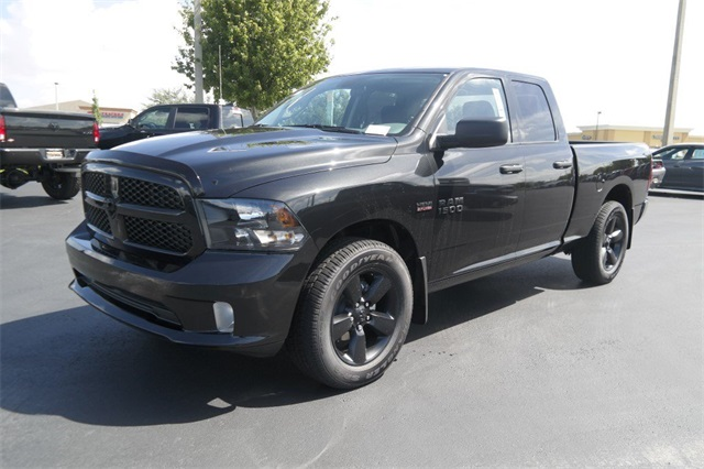 2018 Ram 1500 Quad Cab 4x2,  Pickup #JS336815 - photo 5