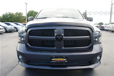 2018 Ram 1500 Quad Cab 4x2,  Pickup #JS336816 - photo 3