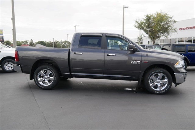 2018 Ram 1500 Crew Cab 4x4,  Pickup #JS339594 - photo 9
