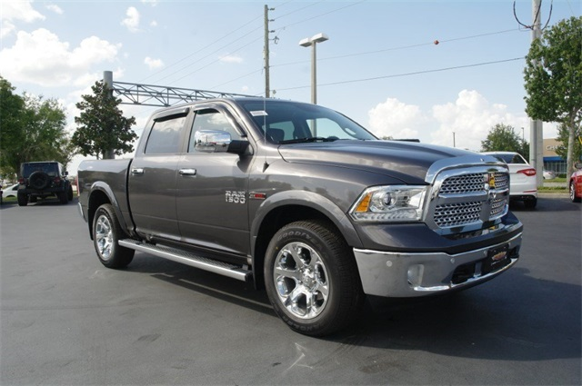 2018 Ram 1500 Crew Cab 4x4,  Pickup #JS353786 - photo 3