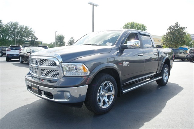 2018 Ram 1500 Crew Cab 4x4,  Pickup #JS353786 - photo 5