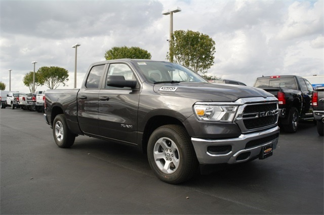 2019 Ram 1500 Quad Cab 4x2,  Pickup #KN604742 - photo 4