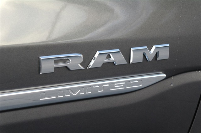 2019 Ram 1500 Crew Cab 4x2,  Pickup #KN617645 - photo 10