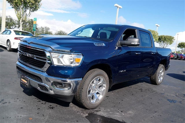 2019 Ram 1500 Crew Cab 4x2,  Pickup #KN680163 - photo 4
