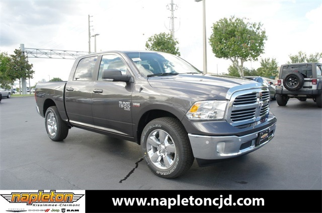 2019 Ram 1500 Crew Cab 4x4,  Pickup #KS535465 - photo 1