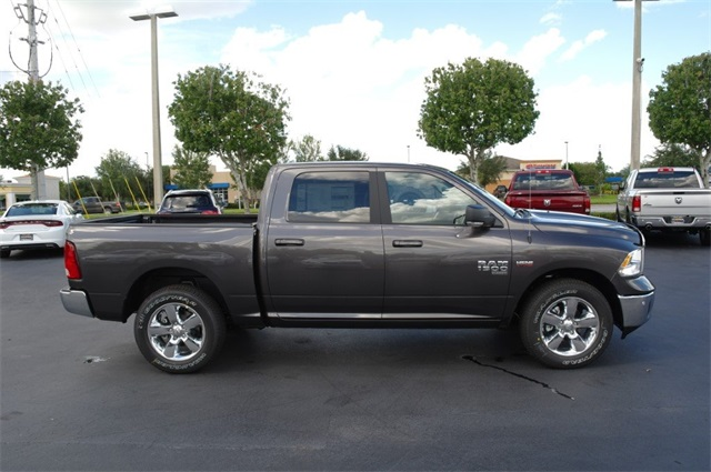 2019 Ram 1500 Crew Cab 4x4,  Pickup #KS535465 - photo 8