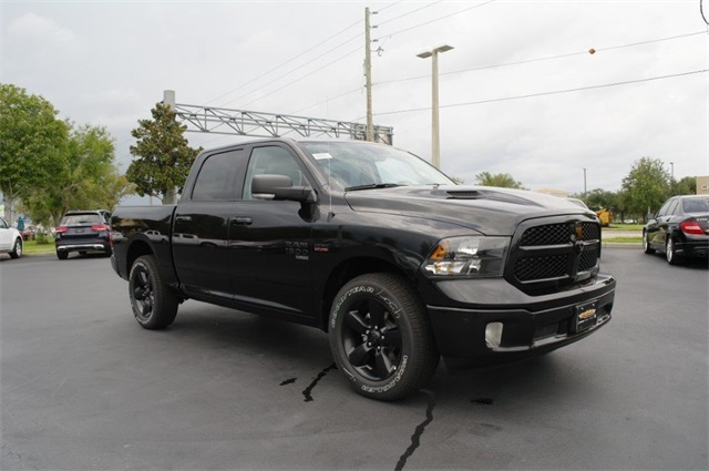 2019 Ram 1500 Crew Cab 4x2,  Pickup #KS538203 - photo 4