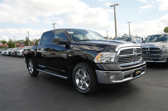2019 Ram 1500 Crew Cab 4x4,  Pickup #KS560045 - photo 4
