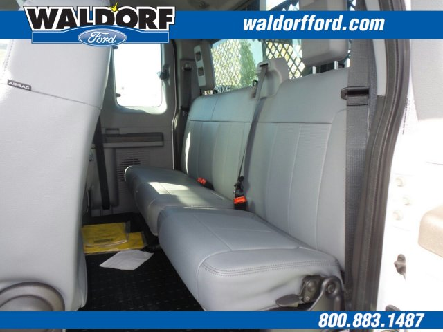 2016 F-550 Super Cab DRW 4x4, Knapheide Value-Master X Contractor Body #WG7464 - photo 13