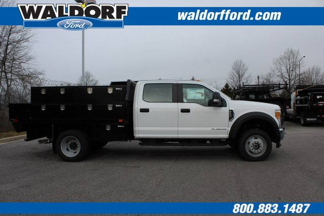 2017 F-450 Crew Cab DRW 4x4,  PJ's Truck Bodies & Equipment Contractor Body #WH5376 - photo 4