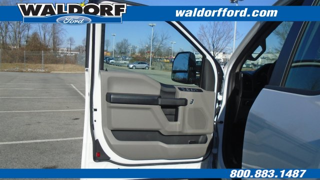 2018 F-250 Super Cab 4x2,  Reading Service Body #WJ5567 - photo 21