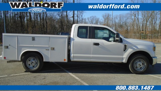 2018 F-250 Super Cab 4x2,  Reading Service Body #WJ5567 - photo 4