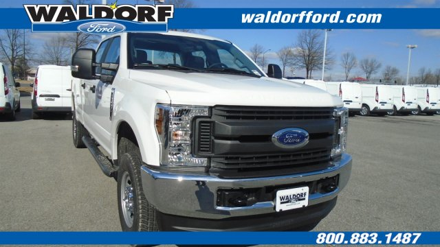 2018 F-250 Crew Cab 4x4, Pickup #WJ5568 - photo 3