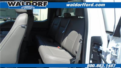 2018 F-350 Super Cab 4x2,  Reading Space Cap Pickup #WJ5646 - photo 21