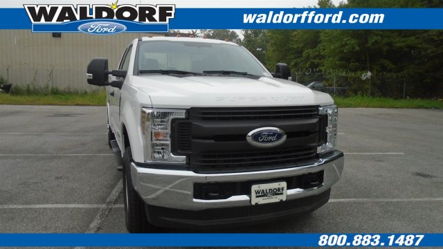 2018 F-350 Super Cab 4x4,  Reading Service Body #WJ6097 - photo 3