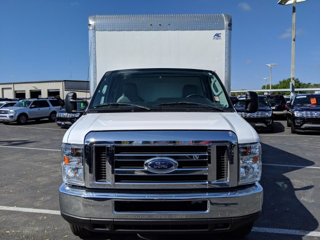 2017 E-350 4x2,  Cutaway Van #AD5152 - photo 6