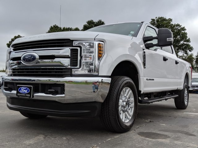 2019 F-250 Crew Cab 4x4, Pickup #CPO6853 - photo 4