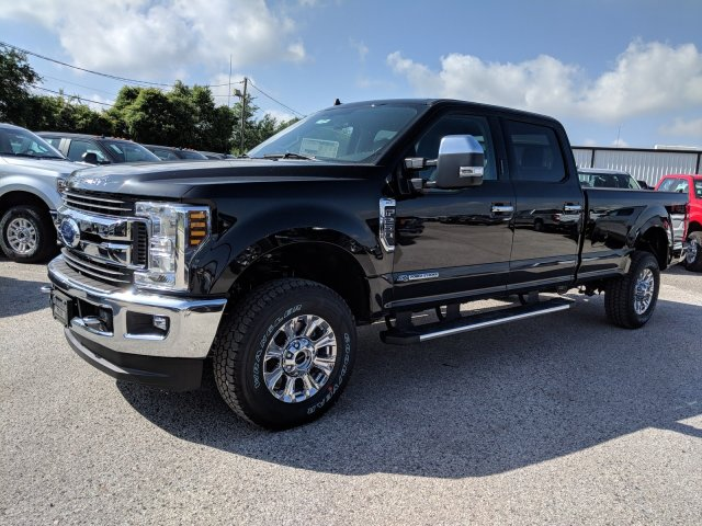 2019 F-250 Crew Cab 4x4, Pickup #DD1042 - photo 12