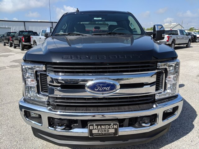 2019 F-250 Crew Cab 4x4, Pickup #DD1042 - photo 13