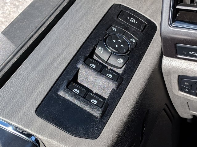 2019 F-250 Crew Cab 4x4, Pickup #DD1042 - photo 22